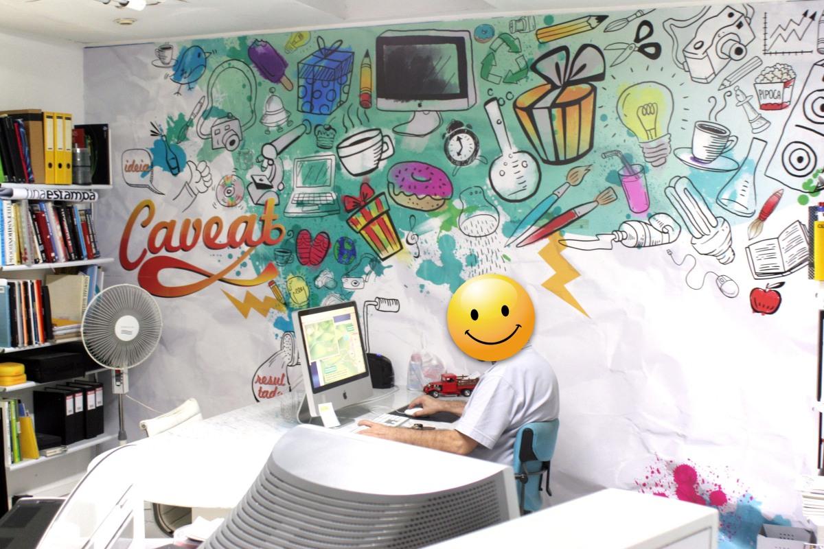 Ilustração na parede da agência