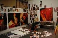 Fletcher em seu estúdio