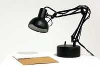 Luminária robô Pinokio
