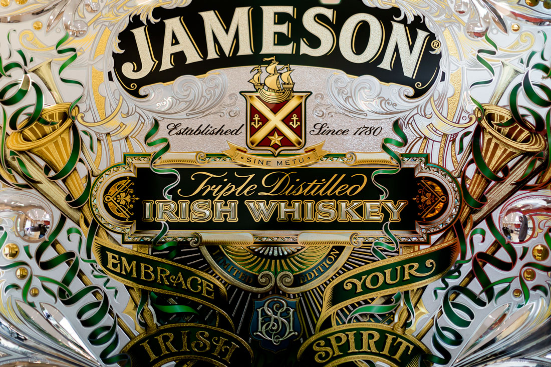 detail-of-Jameson-mirror