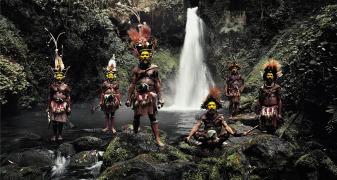 Tribo Huli, da Indonésia e Papua Nova Guiné