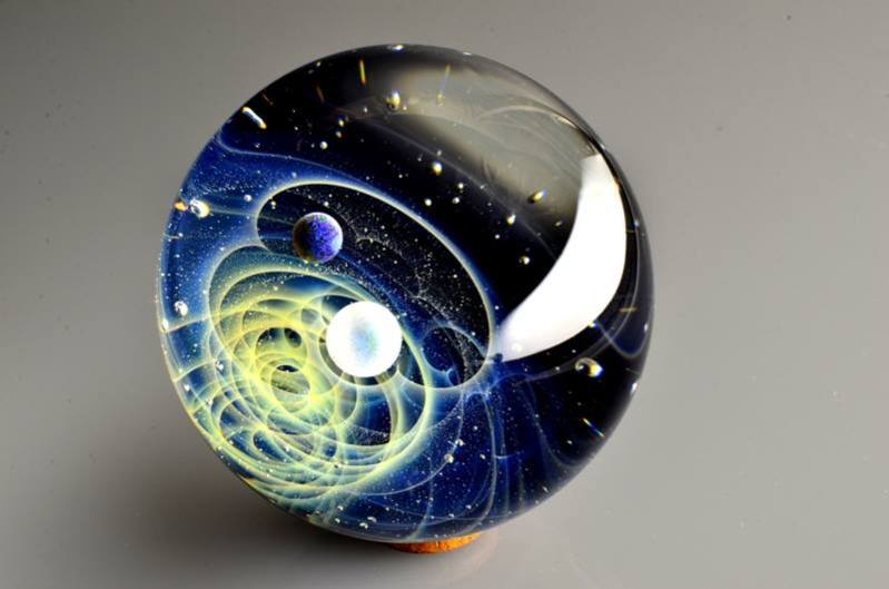 space-glass-4